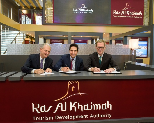 3. RAKTDA signs to host the 67th German Travel Association Annual Convention.jpg
